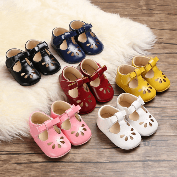baby girls prewalker classic sandles in multiple colours